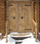 Дверь на крыльце