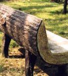Лавочка из цельного куска дерева