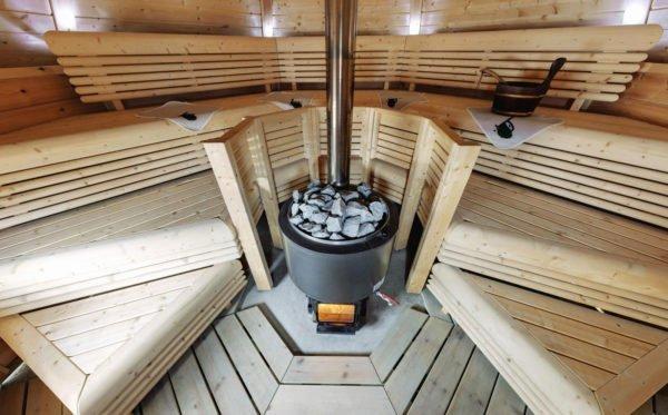 Печь внутри сауны