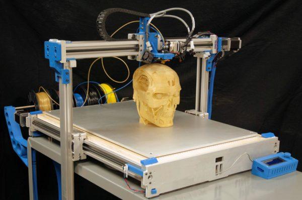 Принтер, работающий по FDM технологии
