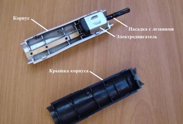 Размещение электродвигателя в корпусе триммера