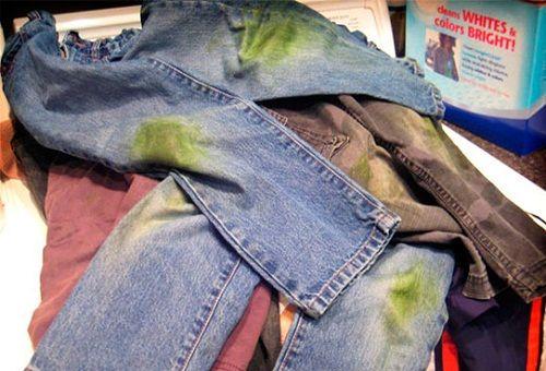 Как вывести пятна от травы с одежды