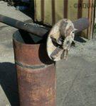 Труба для подачи воздуха в топку