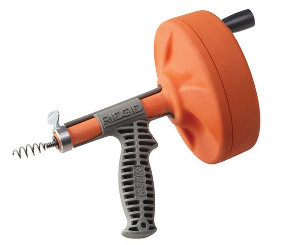Трос с оранжевой ручкой-катушкой