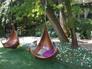 Кресло-гамак на приусадебном участке
