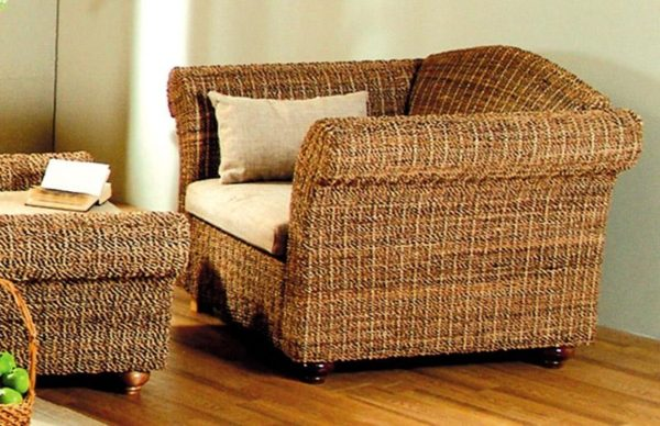 Кресло из абаки