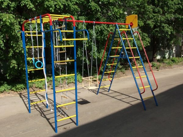 Детский гимнастический комплекс