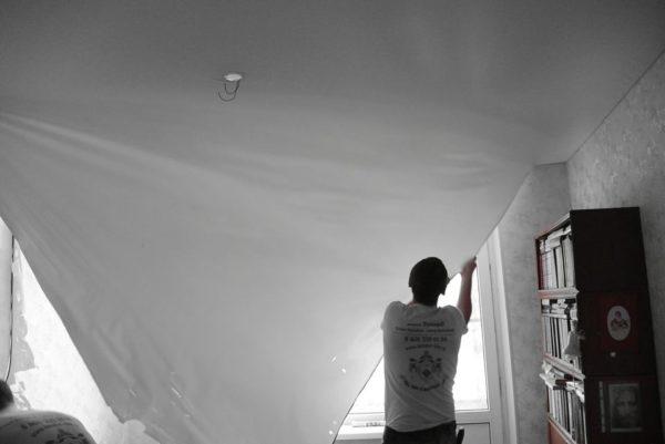 Натяжной потолок из тканевого полотна