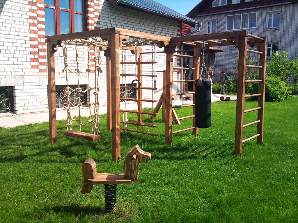 Фото детской площадки в частном дворе своими руками