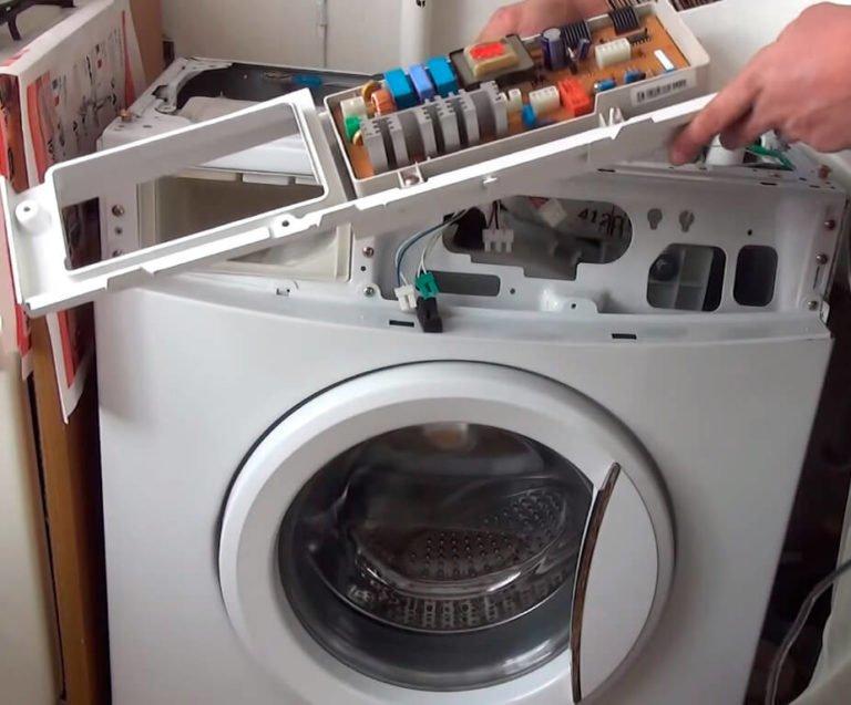 Почему стиралка не сливает воду и не отжимает