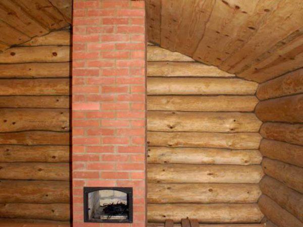 Печь-голландка в деревянном доме