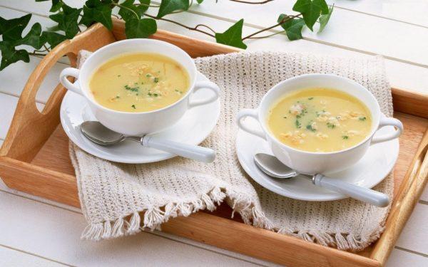 Две пиалы с супом
