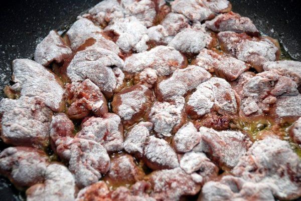 Кусочки куриной печени в панировке