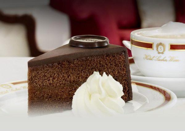 Кусок торта Захер
