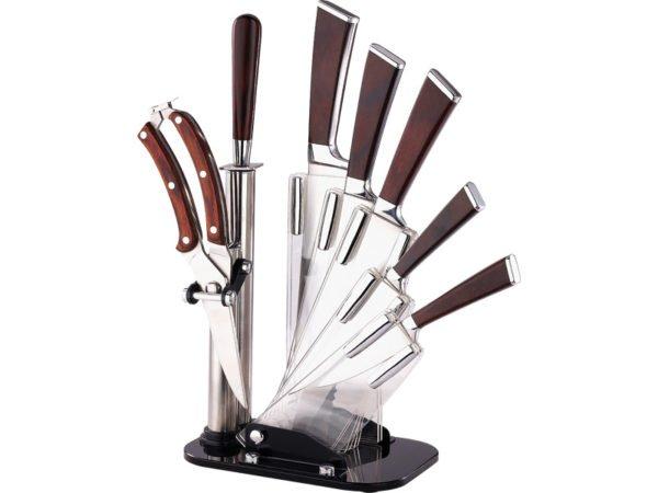Набор ножей с деревянными ручками на подставке