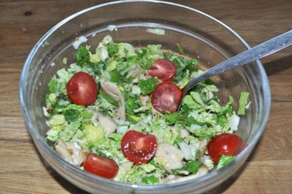 Помидоры черри в салате