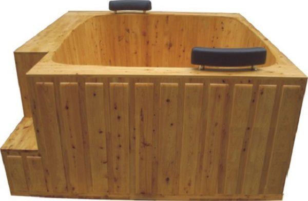 Квадратная деревянная купель