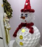 Снеговик с мишурой