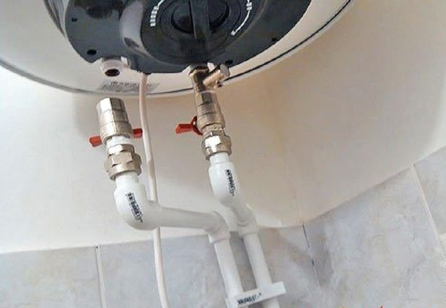 как подключить воду к водонагревателю
