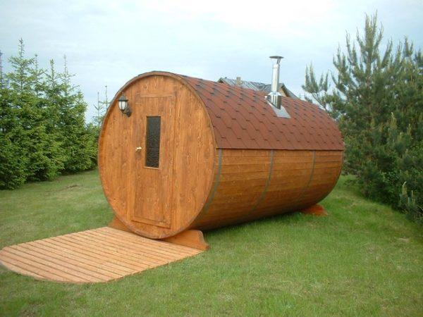 Русская баня в виде бочки