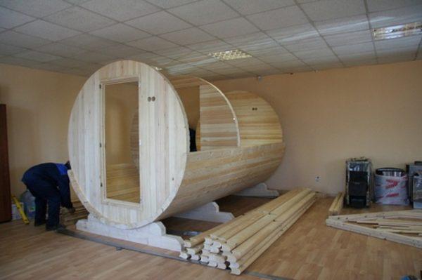 Полусобранная конструкция бани