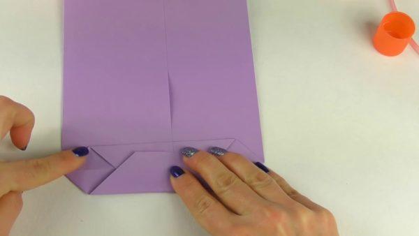Дно пакета из бумаги