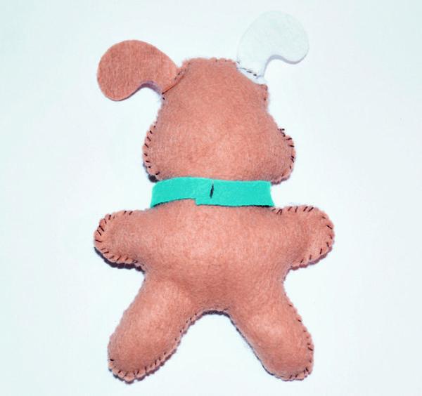 Игрушка собака из фетра