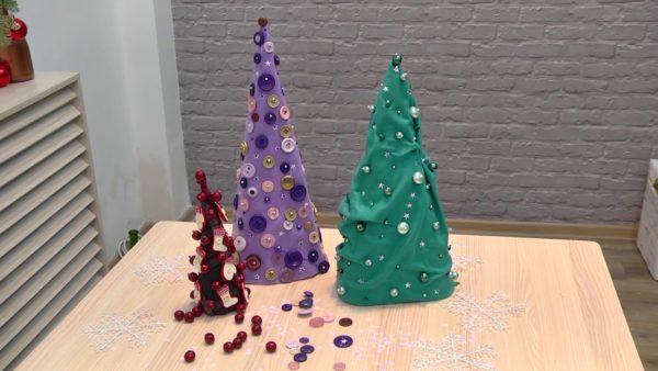 Новогодние елки из ткани и фетра