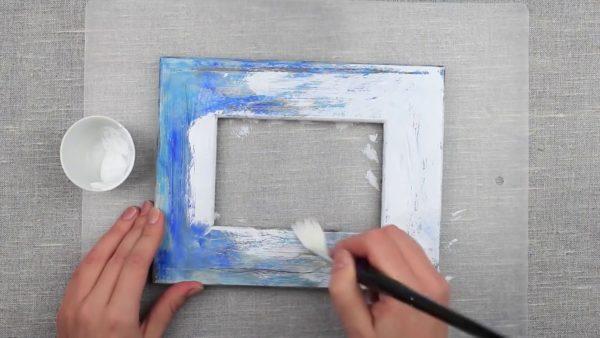 Окрашивание рамки белилами