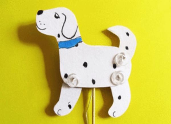 Подвижная игрушка щенок из картона