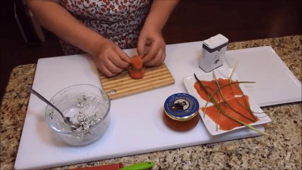 Приготовление закуски Мешок Деда Мороза