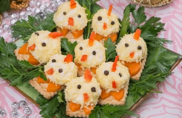 Закуска Цыплята из яиц и сыра