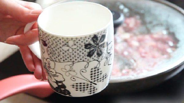 Чашка с водой