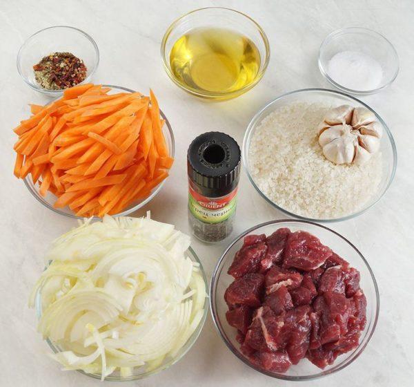 Говядина, рис, морковь, лук, чеснок, масло