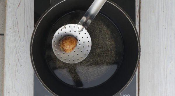 Луковица, обжаренная в масле