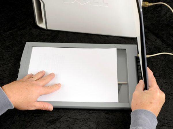 Расположение сканируемого документа на планшетном сканере
