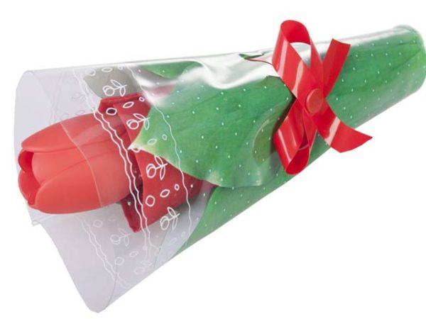 Зонт, упакованный тюльпаном