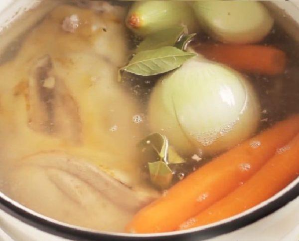 мясо и овощи для холодца