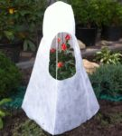 Готовый зимний домик для розы