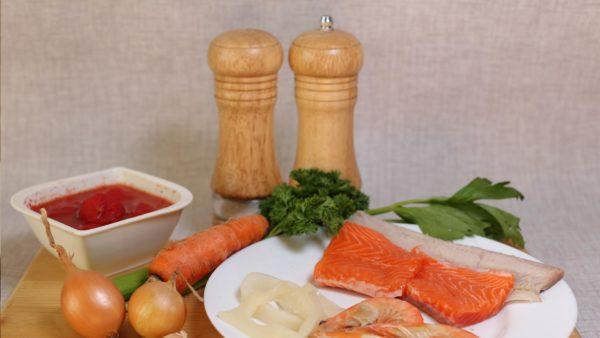 рыба, морепродукты, овощи, зелень, специи
