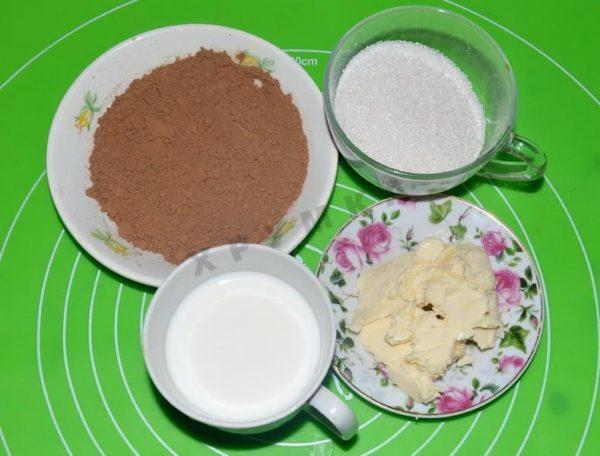 Сахар, масло, молоко и какао
