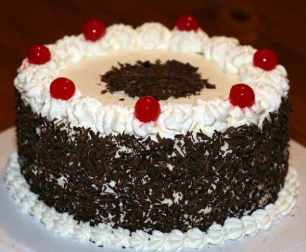 торт с шоколадной стружкой