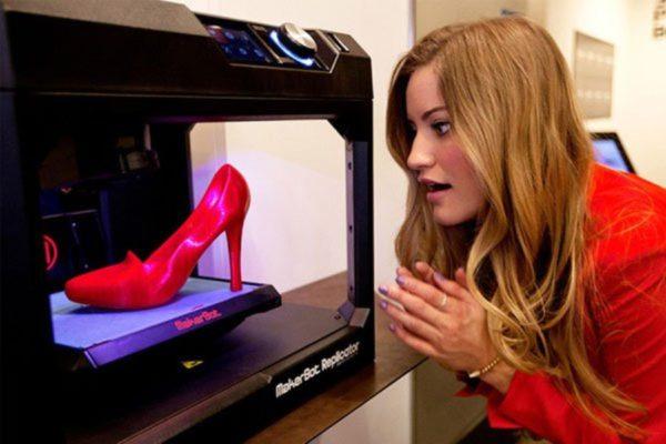 Изготовление обуви в устройствах для объёмной печати