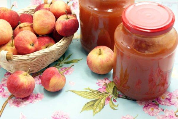 яблоки и джем