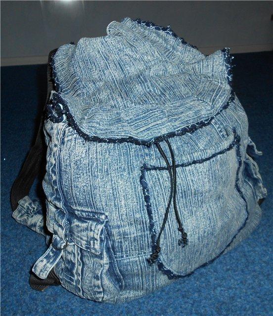 rjukzak-iz-staryh-dzhinsov-1 Яркий рюкзак из старых джинсов