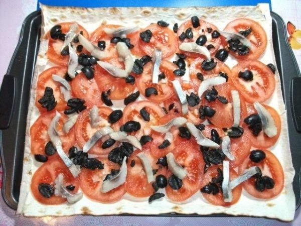 Вариант пиццы на лаваше