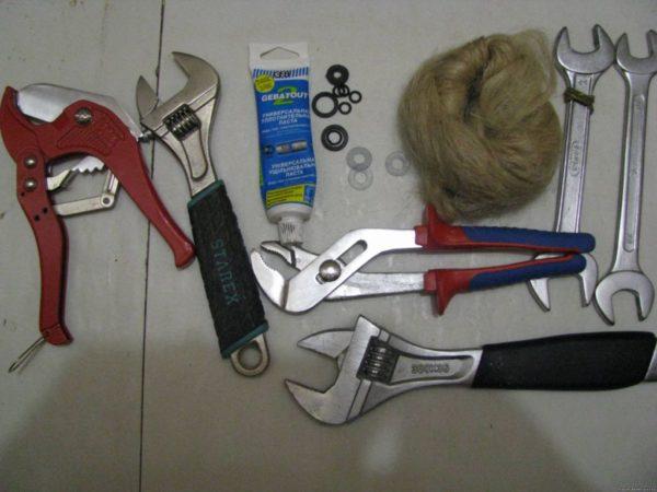 Инструменты для монтажа раковины