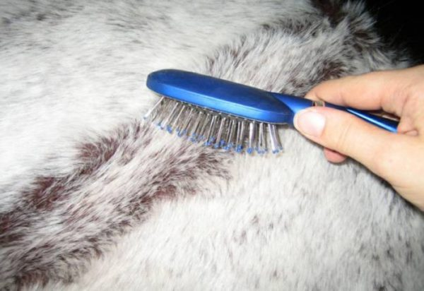 Как убрать запах с мехового изделия