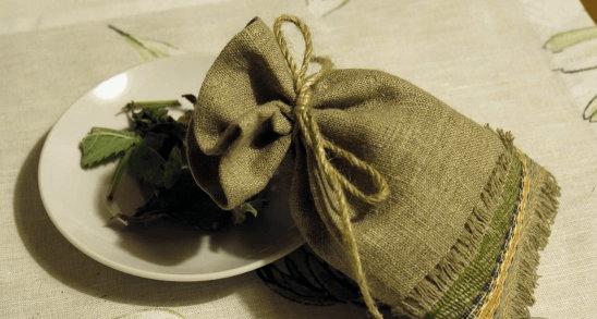 Оберег холщовый мешочек с лавровым листом