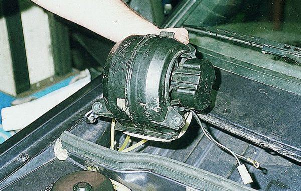 Моторчик отопителя